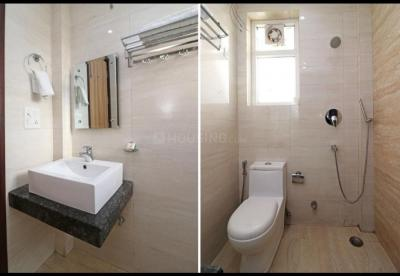 Bathroom Image of Nstay PG in Sector 31