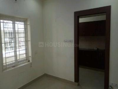 Gallery Cover Image of 1000 Sq.ft 2 BHK Apartment for rent in Madipakkam for 16000