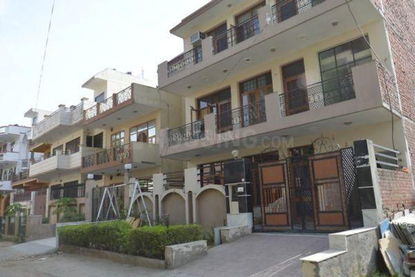 Building Image of 1350 Sq.ft 2 BHK Independent Floor for rent in Sector 17 for 21000