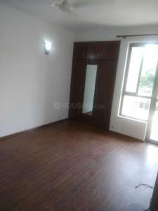 Gallery Cover Image of 2000 Sq.ft 3 BHK Apartment for rent in Sector 122 for 18000