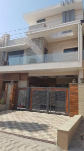 Gallery Cover Image of 3500 Sq.ft 4 BHK Independent House for rent in Sector 51 for 70000