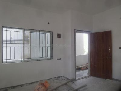 Gallery Cover Image of 800 Sq.ft 1 BHK Apartment for rent in Singasandra for 10000