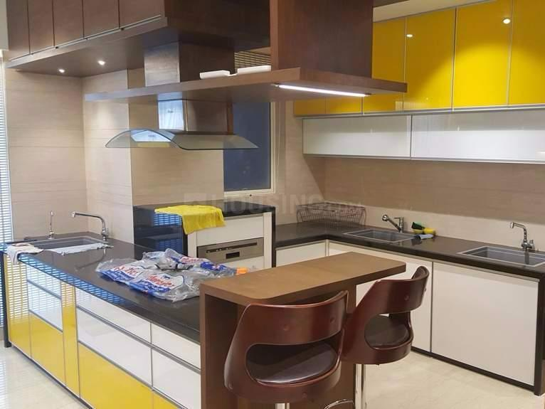 Kitchen Image of 2300 Sq.ft 4 BHK Apartment for rent in Ghatkopar West for 175000