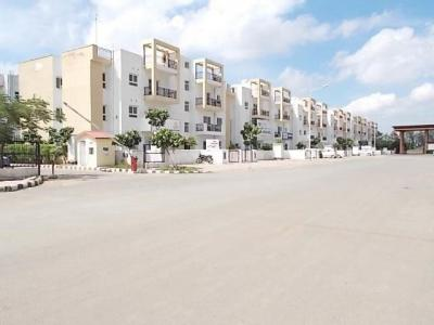 Gallery Cover Image of 2700 Sq.ft 3 BHK Independent Floor for buy in Sector 81 for 6800000