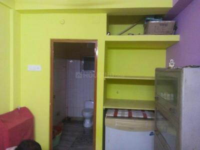 Gallery Cover Image of 540 Sq.ft 1 RK Apartment for rent in Santoshpur for 7000