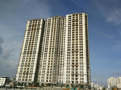 Gallery Cover Image of 1265 Sq.ft 3 BHK Apartment for buy in Hiranandani Club Meadows, Akshayanagar for 10500000