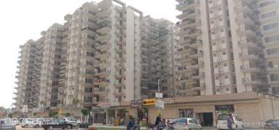 Gallery Cover Image of 800 Sq.ft 2 BHK Apartment for rent in  Floridaa Affordable Housing, Sector 81 for 6500