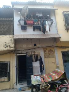 Gallery Cover Image of 630 Sq.ft 2 BHK Independent House for buy in Kandivali West for 7500000