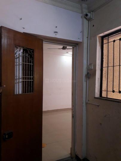 बोरीवली ईस्ट  में 13500000  खरीदें  के लिए 13500000 Sq.ft 2 BHK इंडिपेंडेंट हाउस के मुख्य प्रवेश  की तस्वीर