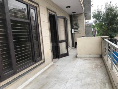 Gallery Cover Image of 2150 Sq.ft 4 BHK Independent Floor for rent in DDA GH 4 Rohini, Sector 28 Rohini for 25000