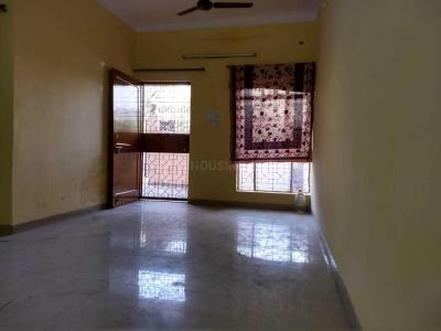 Gallery Cover Image of 1300 Sq.ft 2 BHK Independent House for rent in Sector 11 for 16000