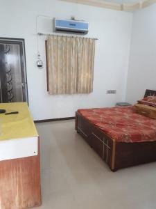 Bedroom Image of PG 7010028 Vastrapur in Vastrapur