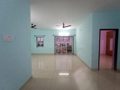 Gallery Cover Image of 1400 Sq.ft 2 BHK Apartment for rent in Velachery for 22000
