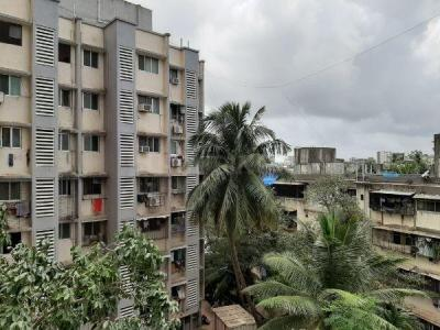 Gallery Cover Image of 980 Sq.ft 2 BHK Apartment for rent in Santacruz East for 52000