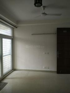 Gallery Cover Image of 1250 Sq.ft 3 BHK Apartment for rent in Amrapali Princely Estate, Sector 76 for 15000