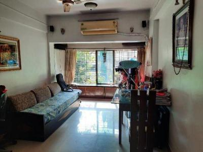 Gallery Cover Image of 575 Sq.ft 1 BHK Apartment for rent in Mahim for 45000