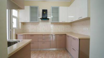 Gallery Cover Image of 1350 Sq.ft 2 BHK Apartment for buy in Shree Vardhman Victoria, Sector 70 for 7900000