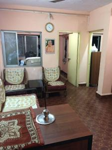 Gallery Cover Image of 400 Sq.ft 1 BHK Apartment for rent in Airoli for 13500