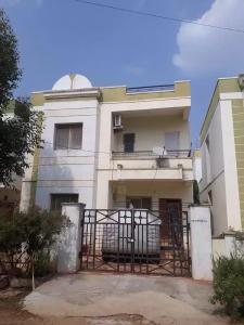 Gallery Cover Image of 1400 Sq.ft 3 BHK Independent House for buy in Manneguda for 8100000