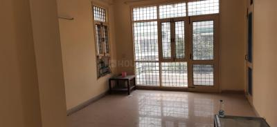 Gallery Cover Image of 1600 Sq.ft 3 BHK Independent Floor for rent in Unitech Residency Greens, Sector 46 for 38000