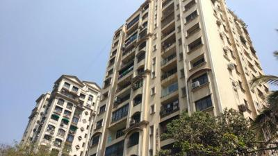 Gallery Cover Image of 1020 Sq.ft 2 BHK Apartment for rent in Powai for 40000