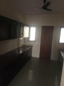 Gallery Cover Image of 2000 Sq.ft 3 BHK Apartment for rent in Seawoods for 68000