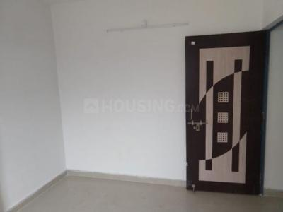Gallery Cover Image of 1200 Sq.ft 3 BHK Apartment for rent in Kadma for 12000