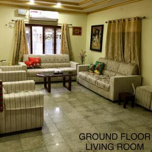 Gallery Cover Image of 3000 Sq.ft 4 BHK Independent House for rent in Banashankari for 45000