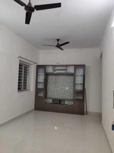 Gallery Cover Image of 1350 Sq.ft 2 BHK Apartment for rent in Kondapur for 18000