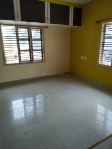 Gallery Cover Image of 1100 Sq.ft 2 BHK Apartment for rent in Rajajinagar for 19000