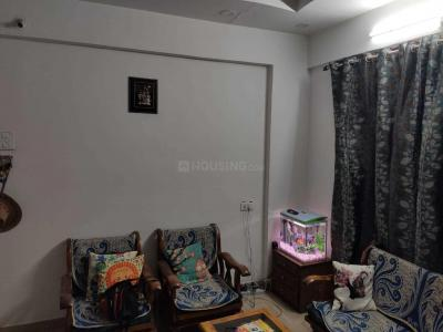 Gallery Cover Image of 1080 Sq.ft 2 BHK Apartment for rent in Wakad for 22000