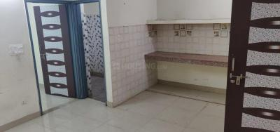 Gallery Cover Image of 600 Sq.ft 2 BHK Apartment for rent in R.K. Puram for 15000
