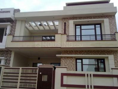 Gallery Cover Image of 1100 Sq.ft 2 BHK Independent Floor for rent in Sector 30 for 18000