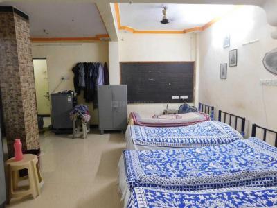 कॉपर खैरने में श्री कृष्ण पेइंग गेस्ट के बेडरूम की तस्वीर