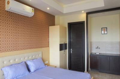 Bedroom Image of Fully Furnished Rooms Available in DLF Phase 2