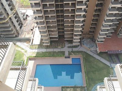 Gallery Cover Image of 1040 Sq.ft 2 BHK Apartment for buy in Omicron I Greater Noida for 4250000