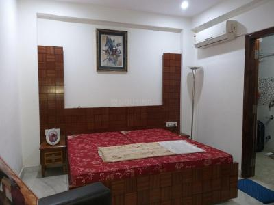 Gallery Cover Image of 1800 Sq.ft 2 BHK Independent Floor for rent in Paschim Vihar for 35000