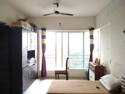 Gallery Cover Image of 600 Sq.ft 1 BHK Apartment for buy in Malad West for 10700000