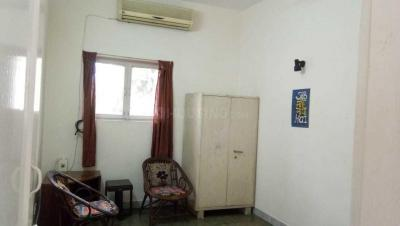 Gallery Cover Image of 300 Sq.ft 1 RK Independent Floor for rent in  RWA Greater Kailash 1 Block S, Greater Kailash I for 15000