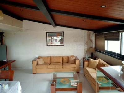 Gallery Cover Image of 1500 Sq.ft 3 BHK Apartment for buy in Juhu for 45000000