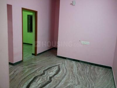 Gallery Cover Image of 450 Sq.ft 1 BHK Apartment for rent in Mugalivakkam for 7000