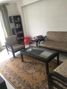Gallery Cover Image of 1900 Sq.ft 3 BHK Independent Floor for rent in Greater Kailash I for 80000