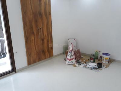 Gallery Cover Image of 1950 Sq.ft 3 BHK Apartment for rent in Sector 5 Dwarka for 35000