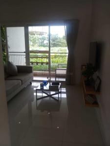 Gallery Cover Image of 922 Sq.ft 2 BHK Apartment for buy in Mundhwa for 7000000