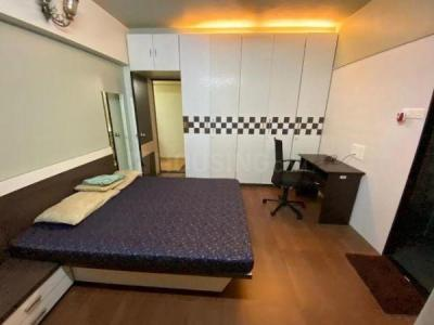 Gallery Cover Image of 1050 Sq.ft 2 BHK Apartment for rent in Mantri Park, Goregaon East for 35000