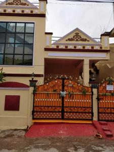 Gallery Cover Image of 1200 Sq.ft 2 BHK Independent House for buy in Boduppal for 9000000