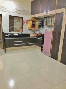 Gallery Cover Image of 1500 Sq.ft 4 BHK Independent House for buy in Ranip for 7000000