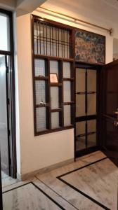 Gallery Cover Image of 2200 Sq.ft 3 BHK Independent Floor for rent in Sector 16 for 21000