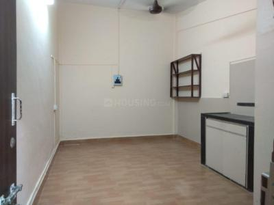 Gallery Cover Image of 200 Sq.ft 1 RK Independent Floor for rent in Vile Parle West for 18000
