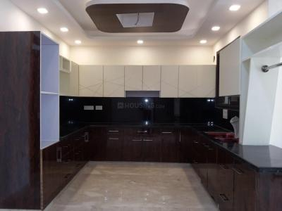 Gallery Cover Image of 2520 Sq.ft 4 BHK Independent Floor for rent in Punjabi Bagh for 70000